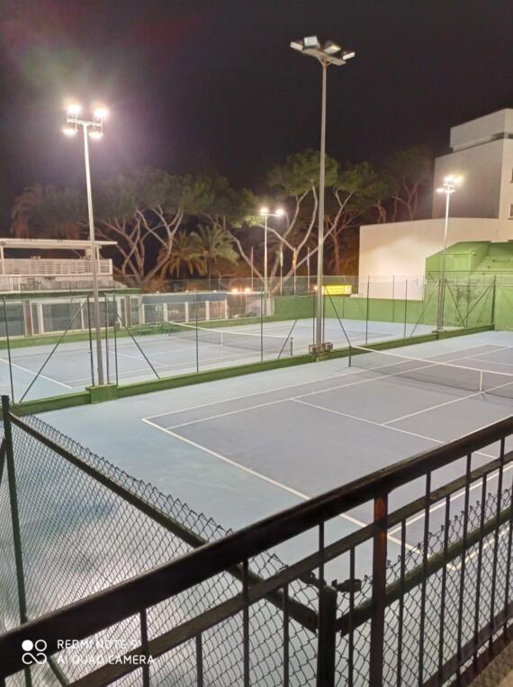 Nuevas luces en nuestras instalaciones de tenis y pádel
